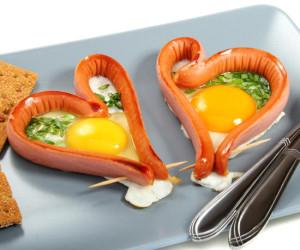 """Яичница """"Сердце"""" к завтраку"""